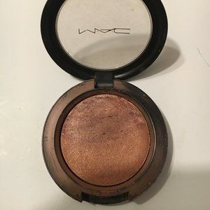 MAC Earth to Earth Mineralize Blush Sparkley